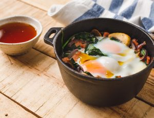 Baked eggs with spinach and maple
