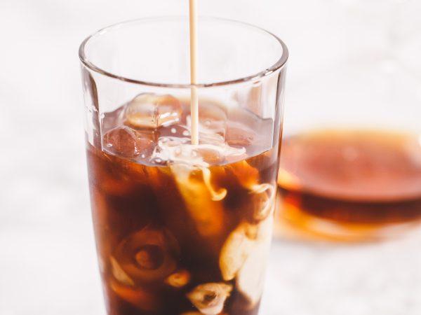 Vegan-Iced-Maple-and-Vanilla-Latte-1.jpg