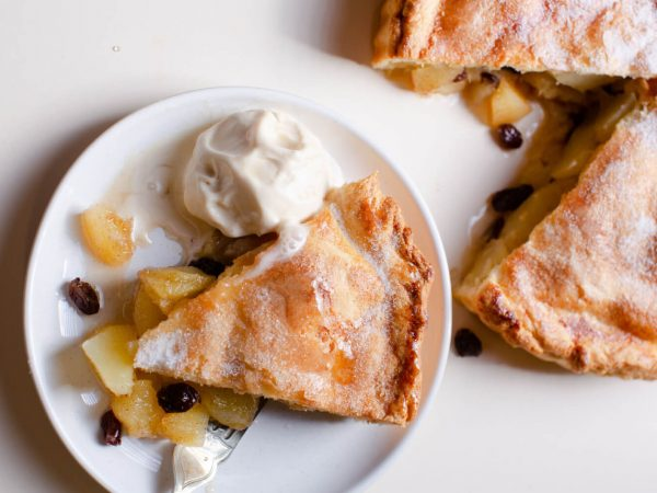 Maple syrup and apple pot pie