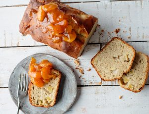 Apple and maple cake with confit apricots