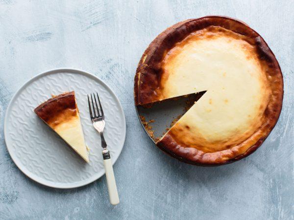 Maple and vanilla baked cheesecake