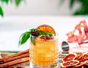 Mix Mann's Spiced Maple Sour