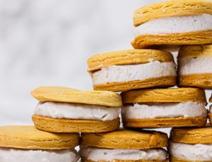 Lissa Elle's Maple Sandwich Cookies