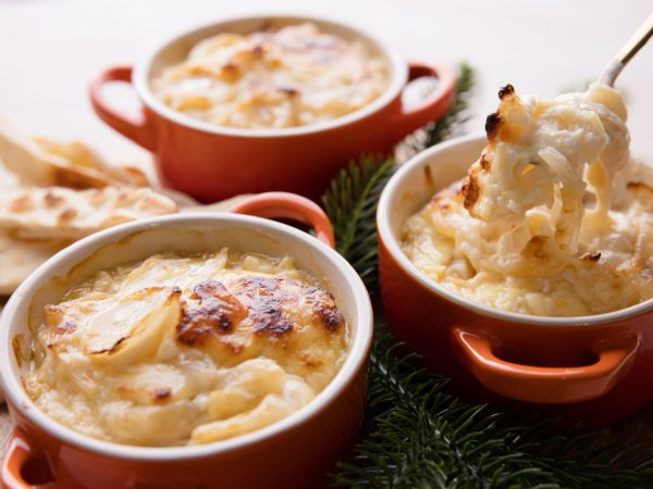 Christmas baked onion and maple dip recipe